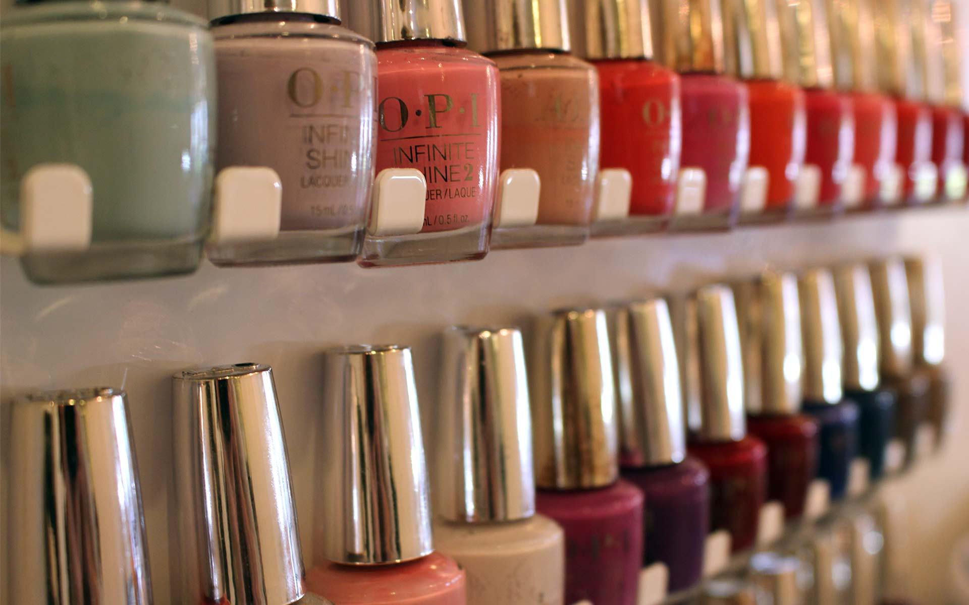 Gloss Salon Naples