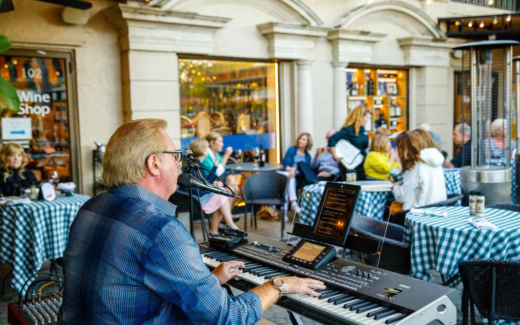 Ridgway courtyard music