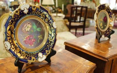 Paradise Antiques of Naples